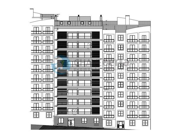 Apartamento Duplex T3 em Santa Marta do Pinhal - Corroios