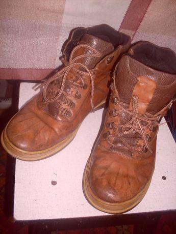 Ботинки + кроссовки, 45 размер. 1100 р.
