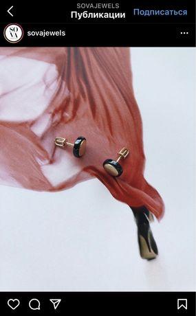 Sova сережки гвоздики, черная керамика белое золото