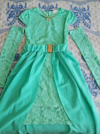 Нарядное платьице (платье) на девочку