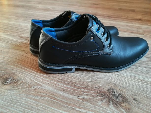 Buty pantofle rozm.39
