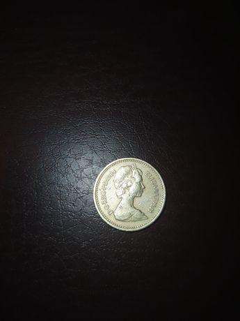 Продам монету one pound