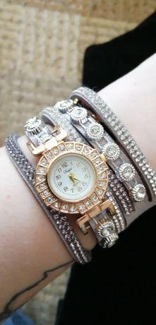 Zegarek na dłuższej branzolecie