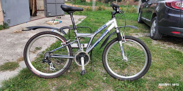 """Горний алюмінієвий велосипед на """"24"""" колесах."""