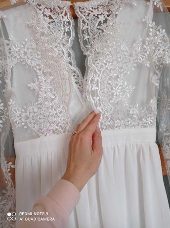 Zjawiskowa suknia slubna w stylu rustykalnym boho