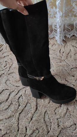 Зимние сапоги на каблуке с натуральной замши, 37 размер