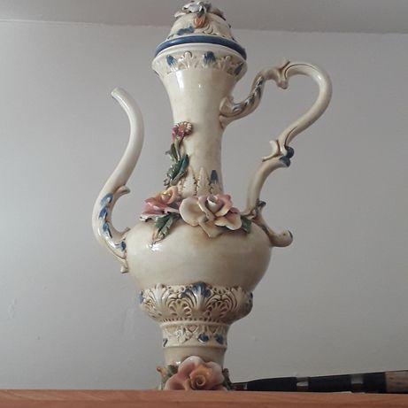 Dzban z porcelany