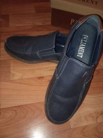 Туфлі для підлітка