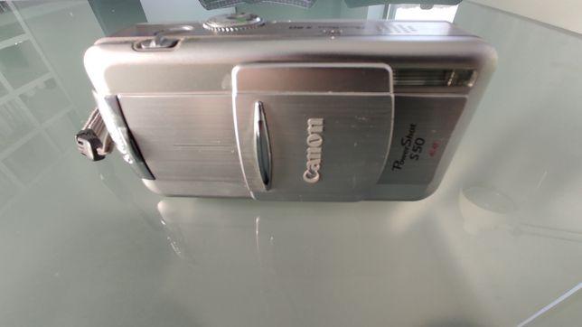 Máquina Fotográfica Digital Canon PowerShot S50