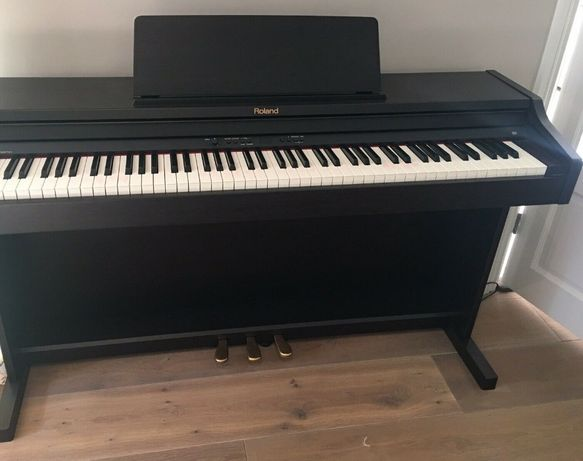 Pianino cyfrowe ROLAND RP301-RW