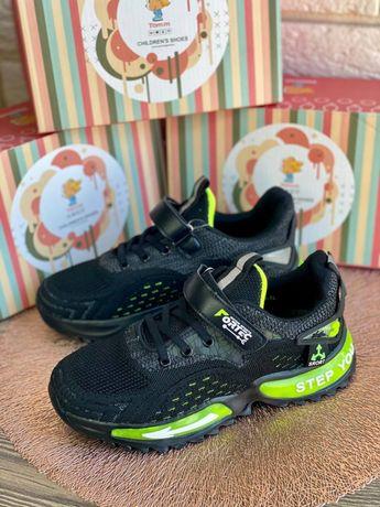 Детские кроссовки черные для мальчика сетка 34 35