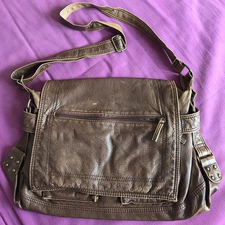 Brązowa torba na ramię z C&A