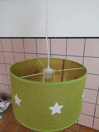 Só 5€!! Candeeiro de tecto verde com estrelas