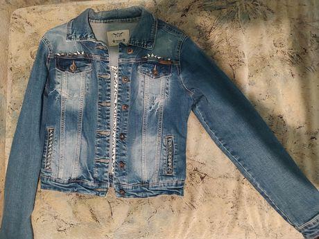 Джинсовка, джинсовая куртка, женская джинсовка
