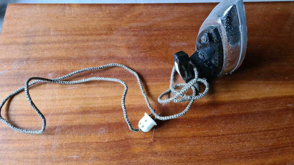 Утюг электрический Черновцы - изображение 1