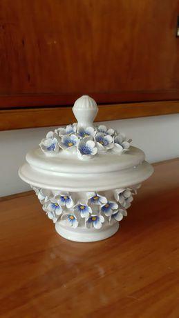 Pote decorativo italiano decorado à mão