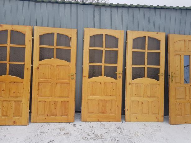 Dzwi pokojowe drewniane 150 zl za szt