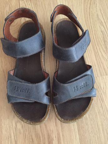 Шкіряні сандалі на хлопчика, розмір 34