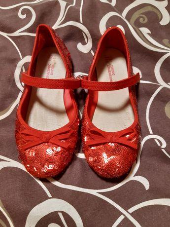 Продам туфельки 30 размер