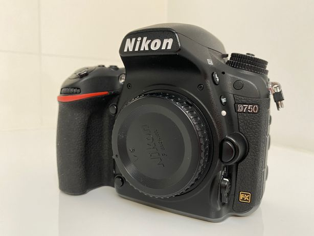 Nikon D750 - body
