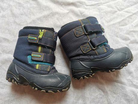 Обувь зимняя на мальчика 3 пары в одни руки