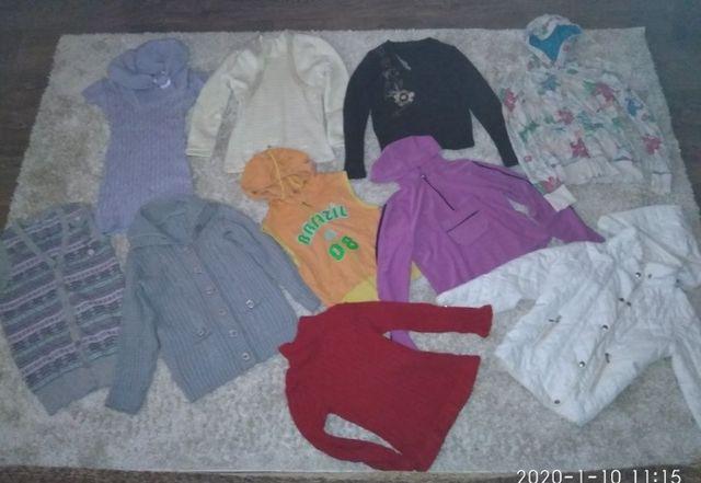 Пакет одягу для дівчинки.Кофта, светр, жилетка,безрукавки.
