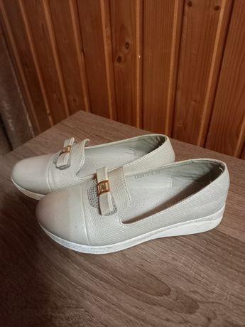 Туфлі(35 розмір)
