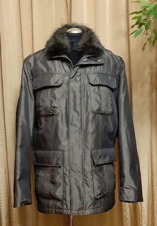 Элегантная зимняя мужская куртка на подстежке из натурального меха