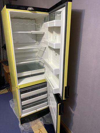 Продам холодильник Vestfrost