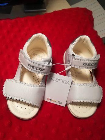 GEOX TAPUZ B820YB białe sandałki SKÓRA rozm. 23