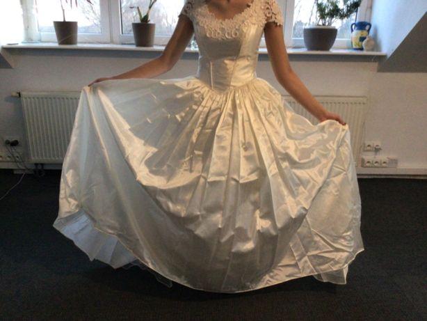 Stylowa Unikatowa Suknia Ślubna Francuska z koronką ecru r. 36 Okazja