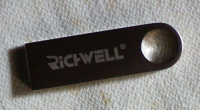 USB флешка 32 ГБ SMARE U3 + OTG переходник Металлическая !!!