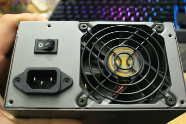 Топовый Модульный блок Antec 500W 80Plus