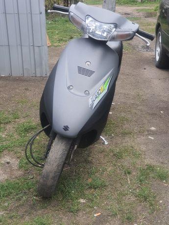 Suzuki lets 2 бабочка скутер