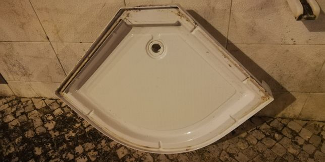 Vendo Base duche Poliban em fibra / Sanitas conforme fotografia