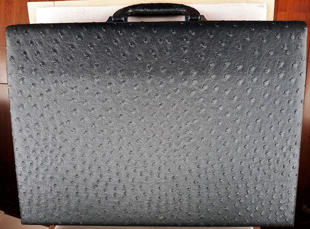 Дипломат портфель чёрный кейс кожа с замком