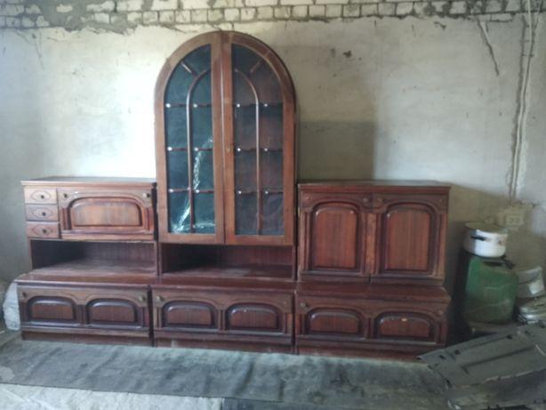 Горка стенка шкаф старинная из натурального дерева