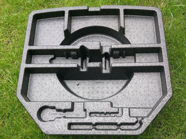 Wkład koła bagażnika TOYOTA AVENSIS T27 kombi styropian