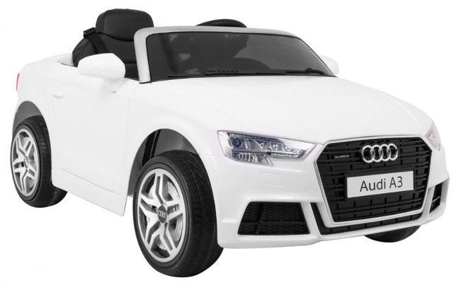 Oryginalny samochód Audi A3 na akumulator Biały