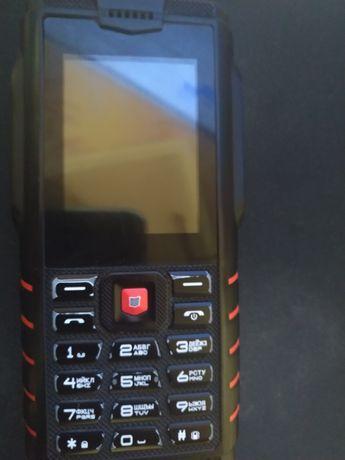 Продам защищённый телефон
