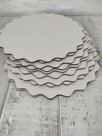 Podkłady pod tort 25 cm faliste koło 10 szt