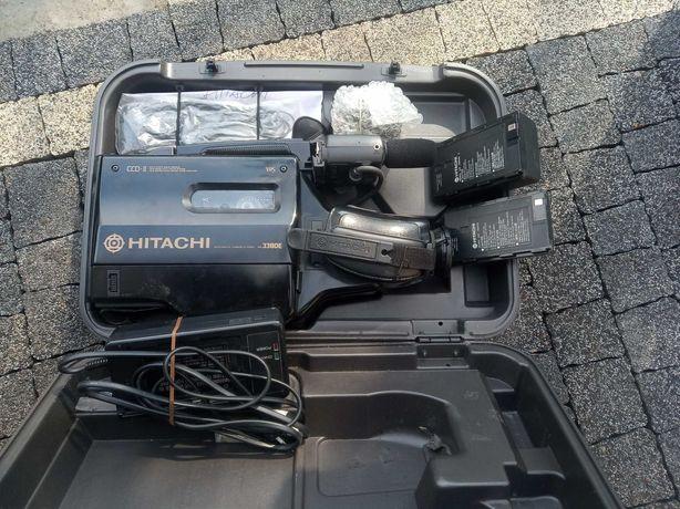 Kamera VHS Hitatchi z walizką
