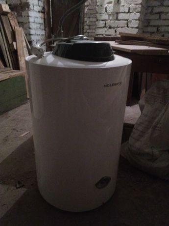 ARISTON водонагревательный бак