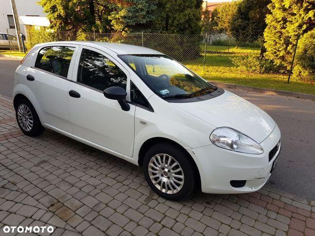 Fiat Grande Punto Fiat Grande Punto 1.3 16V Multijet 75KM 2010r. 249 tyś.km, 5 drzwi