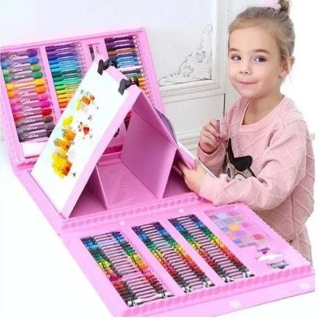 Набор для рисования с мольбертом в чемодане 208 предметов.