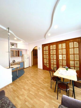 Продається 3 кімнатна квартира в центрі міста на вул. Івана Франка