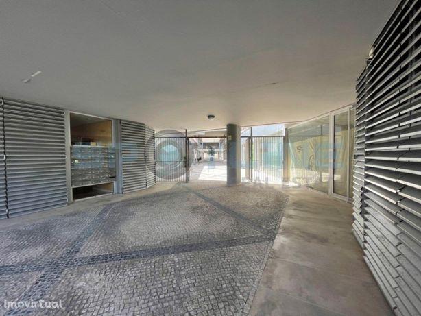 Escritório no 'Edifício Laranjeiras Plaza' | São Domingos...