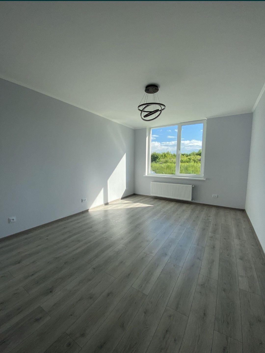 Продається 1км квартира з ремонтом в зданій новобудові