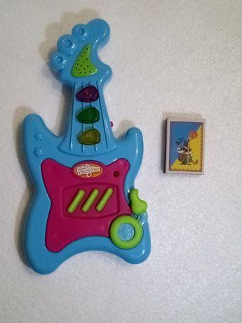 Гитара музыкальная маленькая