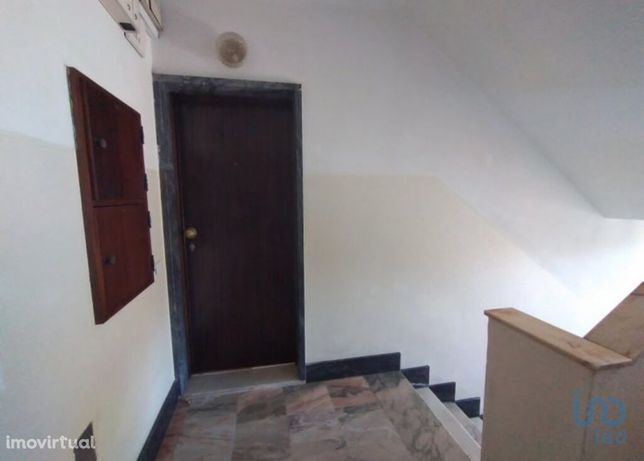 Apartamento - 58 m² - T2